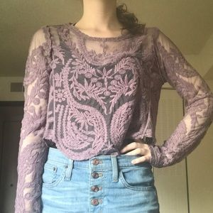 Lacy crop top in lilac